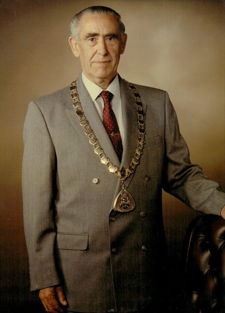 Mayor 1981-82 Len Howlet