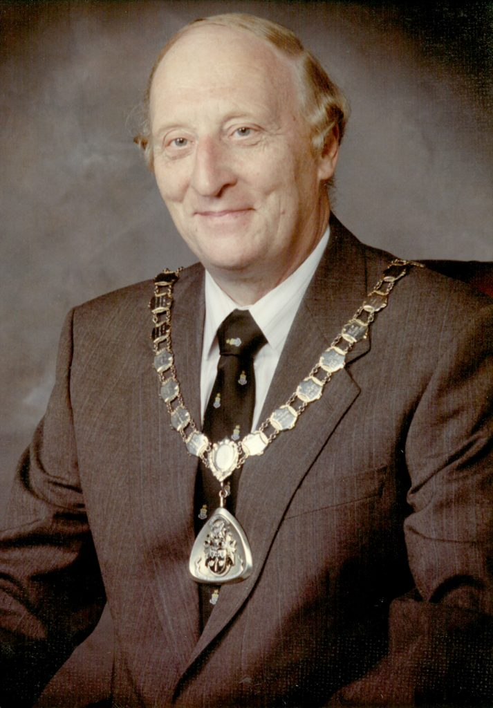 Mayor 1982-83 David Ling