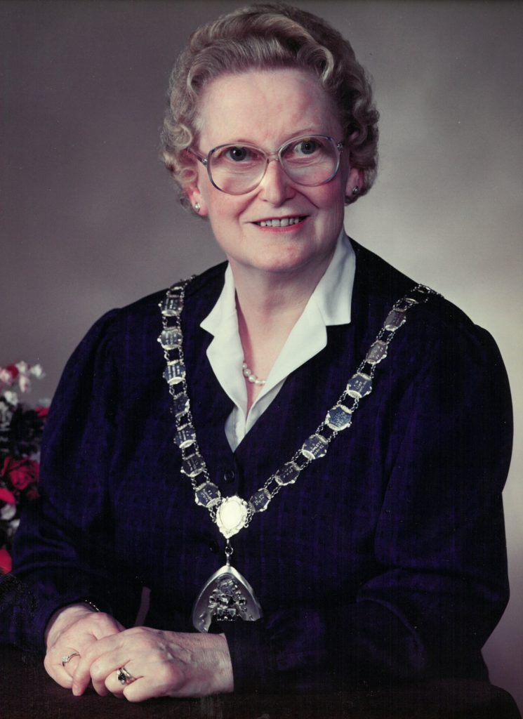 Mayor 1991-92 Anne Rose