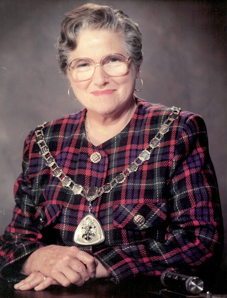 Mayor 1992-93 Ellen Grover