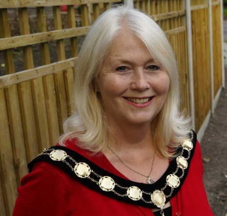 Mayor 2015-16 Brenda West